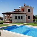 Istrian Villa with pool, 10 km far from Porec and 3 km to the sea